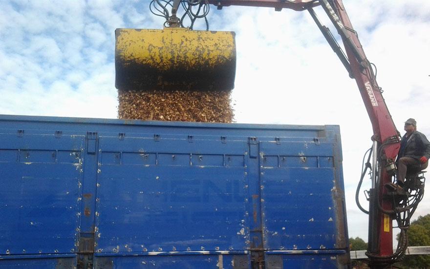 Transport odpadów drzewnych